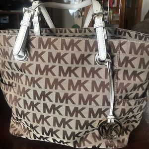 Michael Kors Jetset Monogram Handbag